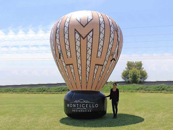 Giant balloons (Hab's)